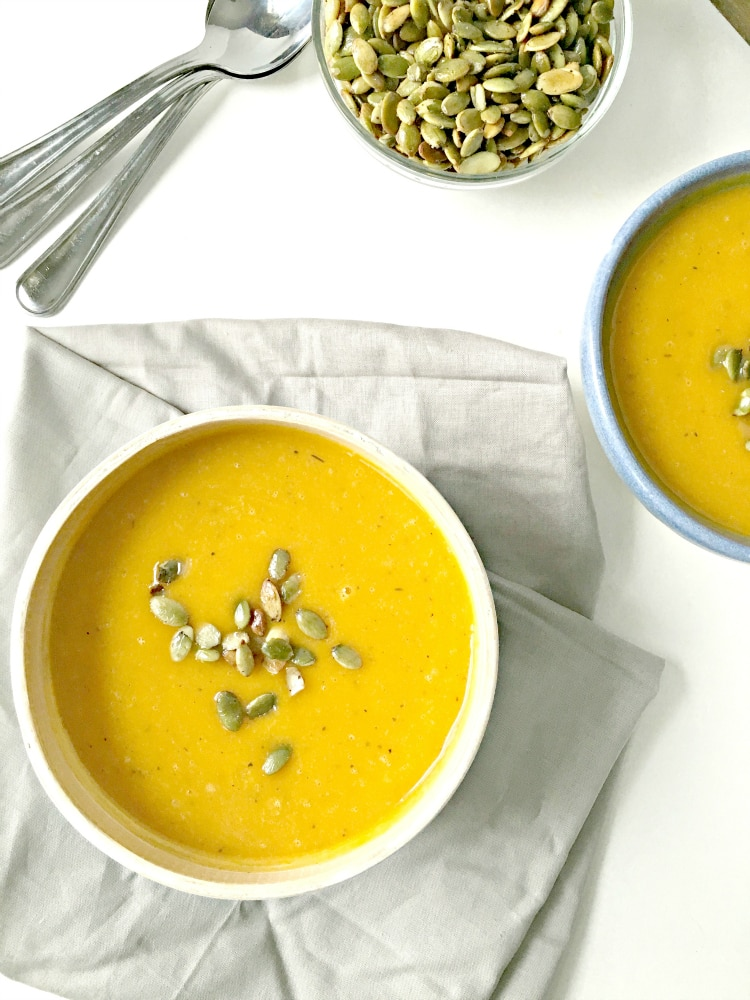 Roasted Butternut Squash Soup with Toasted Pumpkin Seeds (gluten free ...