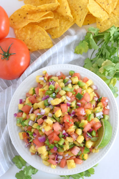 Fresh & Easy Pineapple Salsa