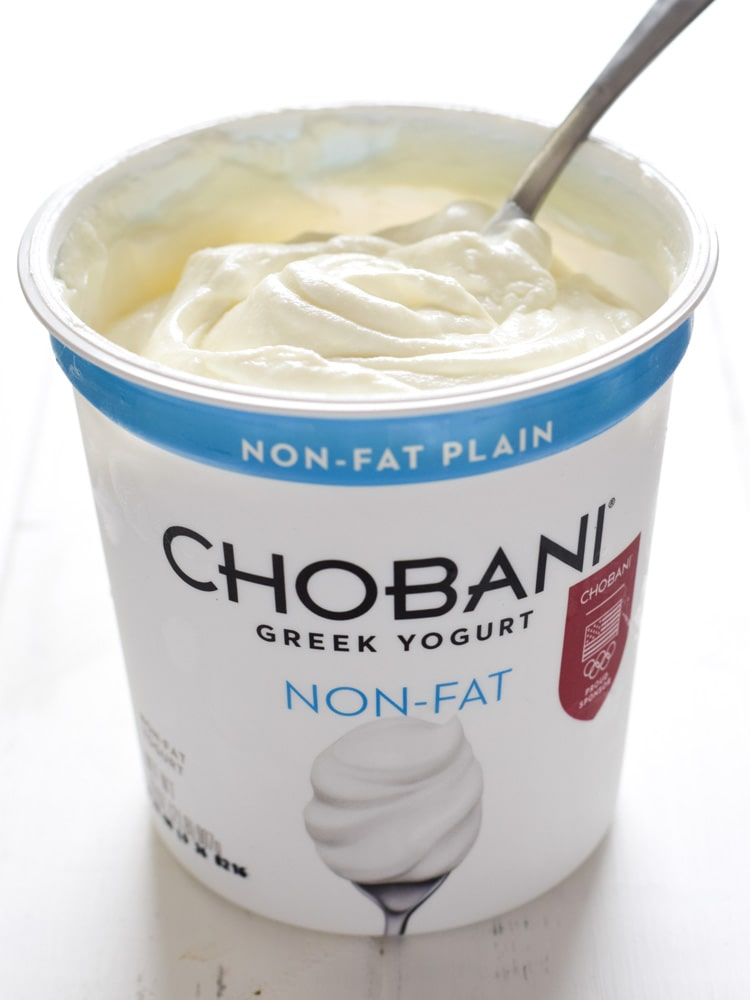 Chobani plain Greek yogurt makes this Salsa Verde Yogurt Sauce so delicious!