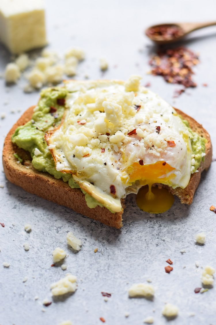This easy, quick and healthy Spicy Avocado Toast with Egg only takes 10 minutes to make and will keep you full and satisfied all morning long.