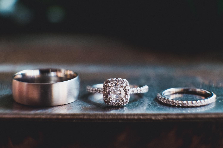 Ritani cushion cut halo engagement ring and wedding ring // Photo by Leia Smethurst Photography