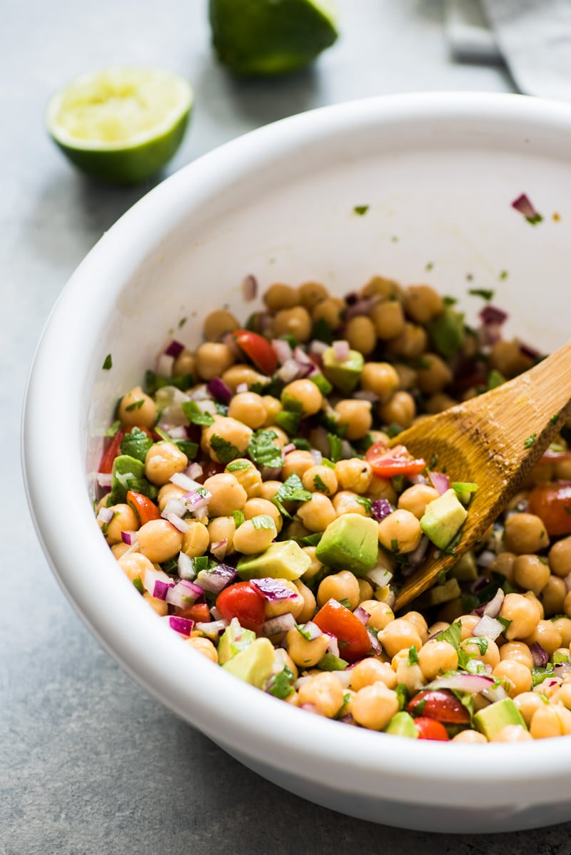 This Chickpea Avocado Salad recipe is fresh, easy to make and packed with healthy ingredients. Ready in only 15 minutes! (gluten free, vegetarian, vegan)
