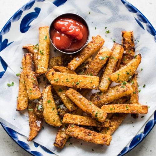 Crispy Baked Jicama Fries - Isabel Eats